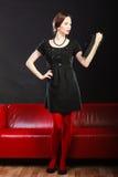 Modefrauenretrostil mit Tablette Stockfotos