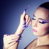 Modekunstporträt des schönen Mädchens. Lizenzfreie Stockfotos