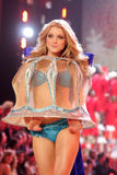 Model at the 12th Annual Victorias Secret Fashion Show. Kodak Theatre, Hollywood, CA. 11-15-07 Stock Images