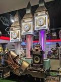 Model Big Ben zegarowy wierza w sklepowym okno Roshen Fotografia Stock