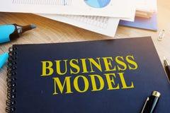 Model biznesu i pieniężni dokumenty Fotografia Royalty Free