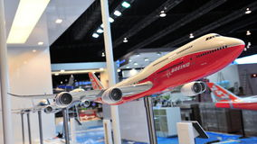 Model Boeing 787-8 jumbo jet na pokazie przy Singapur Airshow 2012 Zdjęcia Stock