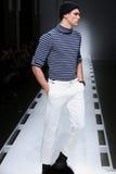 Model chodzi pas startowego przy Nautica mężczyzna spadku 2016 pokazem mody Obraz Stock