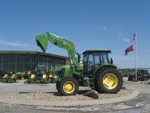 Model 6105 E tractor at John Deere Dealership Stock Photos