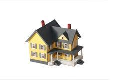Model huis dat op wit wordt geïsoleerd Royalty-vrije Stock Fotografie