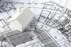 Model huis op af:drukken Stock Afbeelding