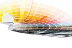 Model huis op kleurenpalet Royalty-vrije Stock Afbeelding