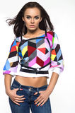 Model in kleurrijke kleren op witte achtergrond royalty-vrije stock afbeeldingen
