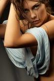 Model met blauw overhemd stock fotografie