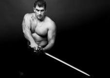Model met een zwaard royalty-vrije stock afbeeldingen