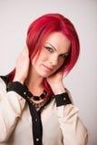 Model met Levendig Rood Haar Royalty-vrije Stock Foto