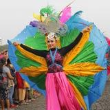 Model in Modern Eigentijds Art Costume Stock Foto's