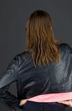 Model odizolowywający na prostych tło plecy rękach dalej Obraz Royalty Free