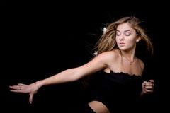 Model op zwarte Stock Foto's
