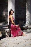 model orientaliskt för klänning Arkivbild