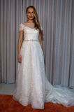 A model poses at the Henry Roth Bridal Sprng 2016 Collection presentation Royalty Free Stock Photos