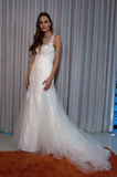 A model poses at the Henry Roth Bridal Sprng 2016 Collection presentation Stock Image