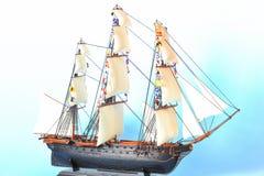 Model schip met zeilen stock afbeelding