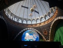 Model van de aarde op VDNHA in het museum in Moskou stock fotografie
