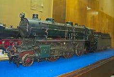 Model van stoomlocomotief op vertoning bij spoorwegmuseum in Belgrado, Servië Royalty-vrije Stock Foto's