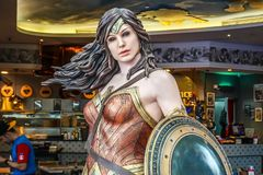 Model of Wonder Woman from The movie Batman vs Superman Dawn of Justice displays at the Shoppes. SINGAPORE - NOV, 24 2018 - Model of Wonder Woman from The movie stock images
