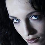 Modela el retrato oscuro Fotos de archivo
