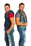 Modela homens nas calças de brim Imagem de Stock Royalty Free