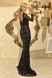 Modela pozy podczas Galia Lahav mody Bridal tygodnia Skaczą, lata 2017 prezentacja/ Zdjęcie Royalty Free