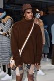 Modela pozy przy Cygańską sport prezentacją podczas Nowy Jork mody tygodnia mężczyzna spadku, zimy/2016 Fotografia Stock