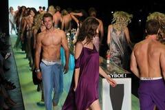 Modele chodzą pasa startowego finał przy KYBOE! pokaz mody Obraz Royalty Free