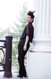 Modele com hairdress em um terno elegante Fotos de Stock