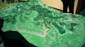 Modelkaart van de heuvel in Europa stock videobeelden