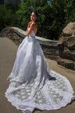 Modelkalyn hemphill stelt in het Central Park Royalty-vrije Stock Foto