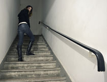 Modell auf Treppenhaus lizenzfreie stockbilder