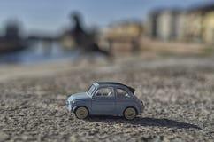 Modell av den berömda Fiat 500 Fotografering för Bildbyråer