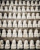 Modell av den buddistiska helgonstenen, i koreansk arkitektonisk stil, Arkivfoton
