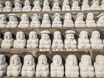 Modell av den buddistiska helgonstenen, i koreansk arkitektonisk stil, Arkivbild