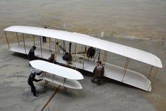 Modell av det första flygplan i museum Royaltyfri Foto
