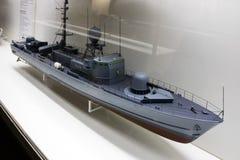 Modell av en militär eller en sjö- kanonbåt Royaltyfri Foto