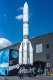 Modell av lanseringsmedlet Ariane 6 ( A64) Royaltyfri Bild