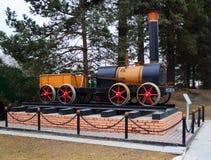 Modell der ersten russischen Lokomotive Lizenzfreies Stockfoto