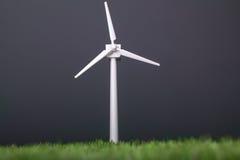 Modell der Solarwindmühle Stockfotos