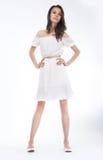 modell för flicka för klänningmode stilfull trendig Fotografering för Bildbyråer