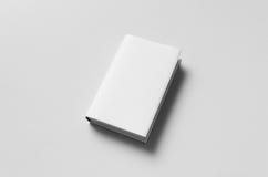 Modell för Hardcoverbok - skyddsomslag Arkivfoton