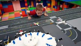 Modell f?r Lego leksakflygplats lager videofilmer