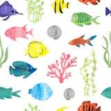 Modell för färgrik fisk för vattenfärg sömlös Arkivbilder