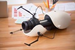 Modell gedruckt auf dem Lügen des Druckers 3d lizenzfreie stockfotografie