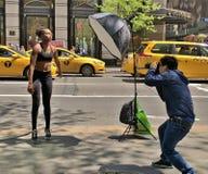 Modell Photo Shoot i New York royaltyfri bild