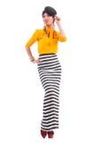 Modell som bär trendiga kläder Royaltyfri Foto