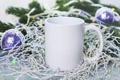 Modellen av vit rånar eller kuper för vintergåvor planlägger, glad jul, lyckligt nytt år Royaltyfria Bilder